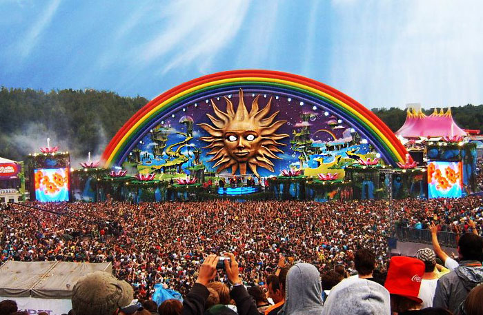 2010-tomorrowland-doremusic
