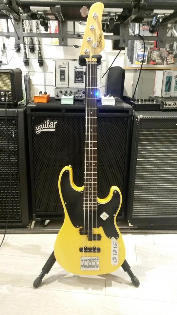 schecter-bass